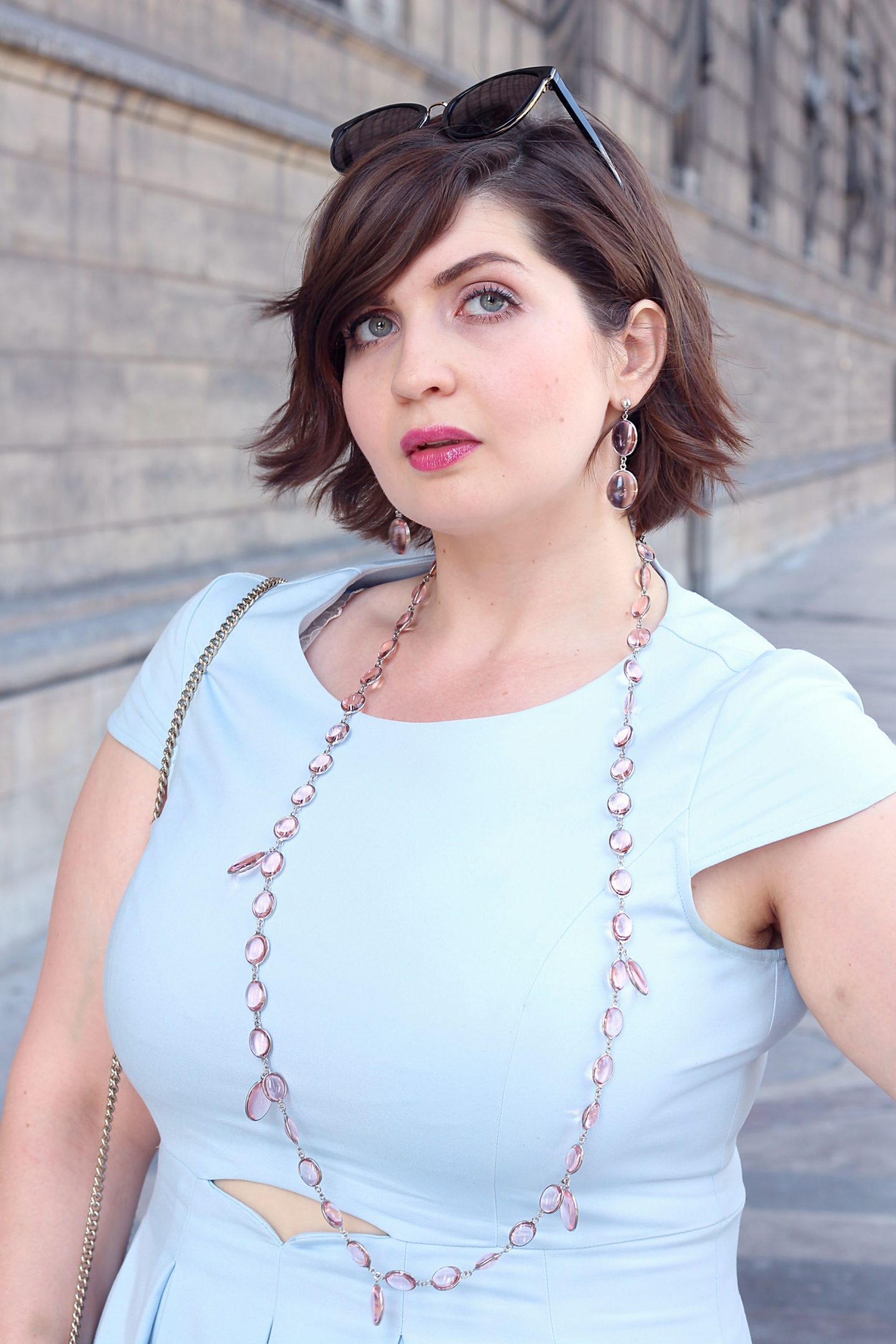 summer look for curvy women