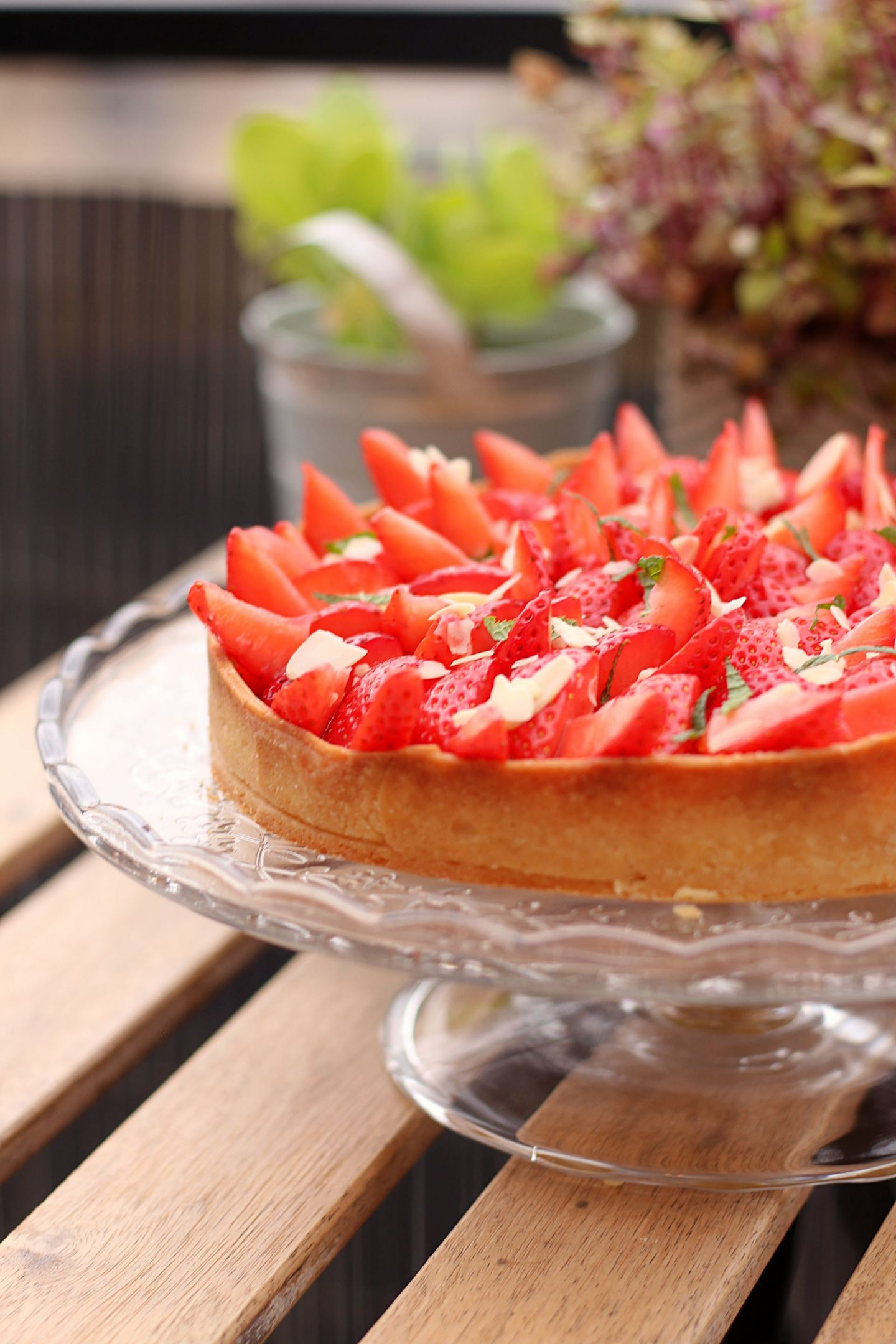 Easy Strawberry Almond Pie Recipe