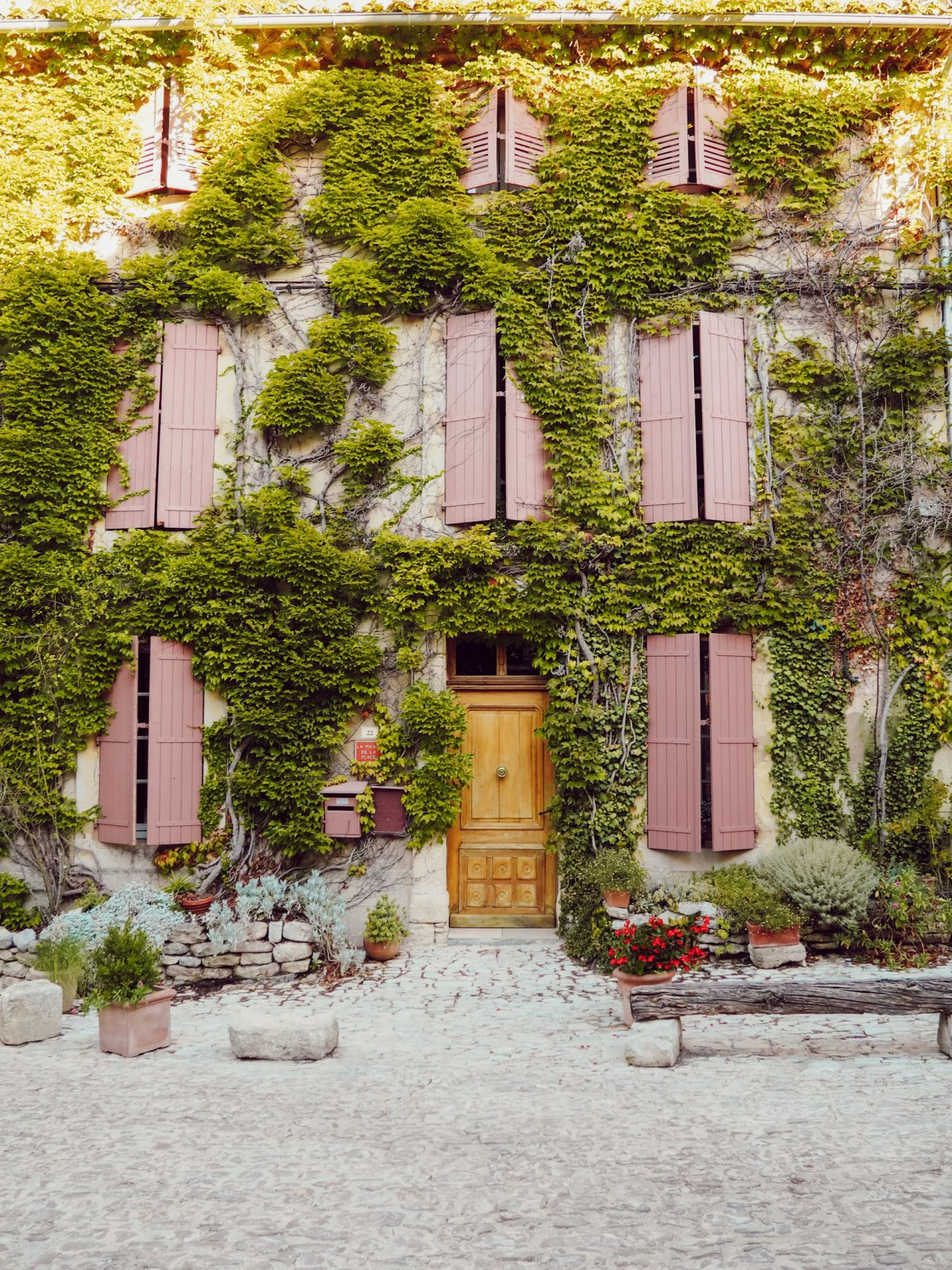 saignon holidays in provence